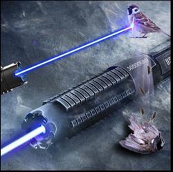 قلم مؤشر ليزر أزرق قوة عالية 450 نانومتر 100000 م عسكري قابل للتعديل نطاق تركيز حرق الورق حتى 10000 متر