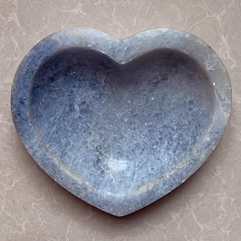 を天然石セレスティン灰皿ハート形の灰皿家の装飾石クリスタル asbak  グループ上の ホーム&ガーデン からの 灰皿 の中 1