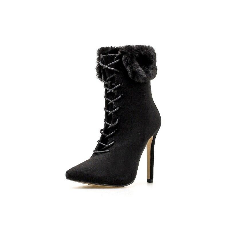 2018 Otoño e Invierno europea y americana Comercio exterior nuevo estilo punta mujeres peludas es botines negro ljj 0105