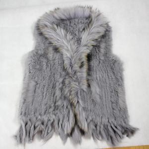 Image 5 - Harppihop Gratis Verzending Womens Natuurlijke Echt Konijnenbont Vest Met Wasbeer Bontkraag Vest/Jassen Rex Konijn Gebreide Winte