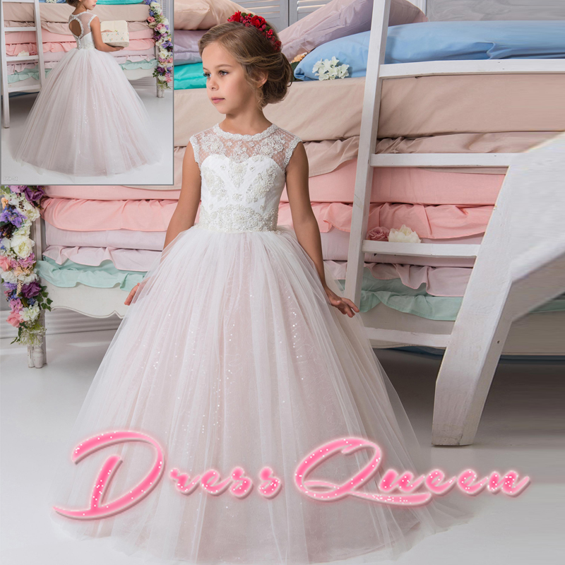 2017 New Flower Girl Dresses Pink Sleeveless Back Hole Button Ball Gown Lace O-neck Appliques Formal Communion Gowns For Wedding цена и фото