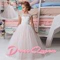 2017 Novos Vestidos Da Menina de Flor Rosa Sem Mangas Botão Voltar Buraco vestido de Baile Lace O Pescoço Apliques Formais vestidos de Comunhão Vestidos Para O Casamento