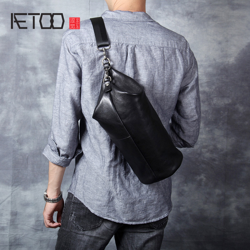 AETOO Personality casual Head cowhide single shoulder crossbody bag male leather cylinder pack