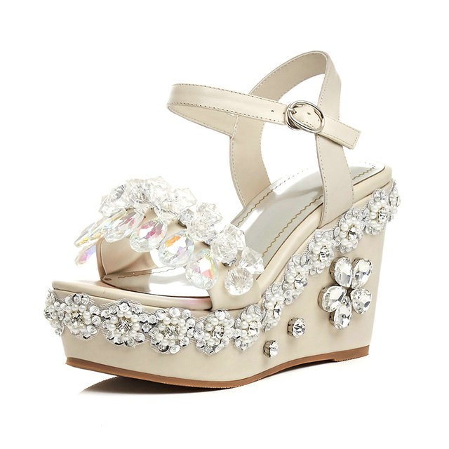2017 fashion hot selling crystal decoration women sandals high heel wedges platform shoes gorgeous