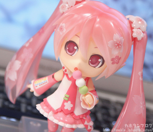 Hatsune Miku Anime pink Nendoroid flower Anime Action Figure PVC New Collection figures toys Collection for kids gift