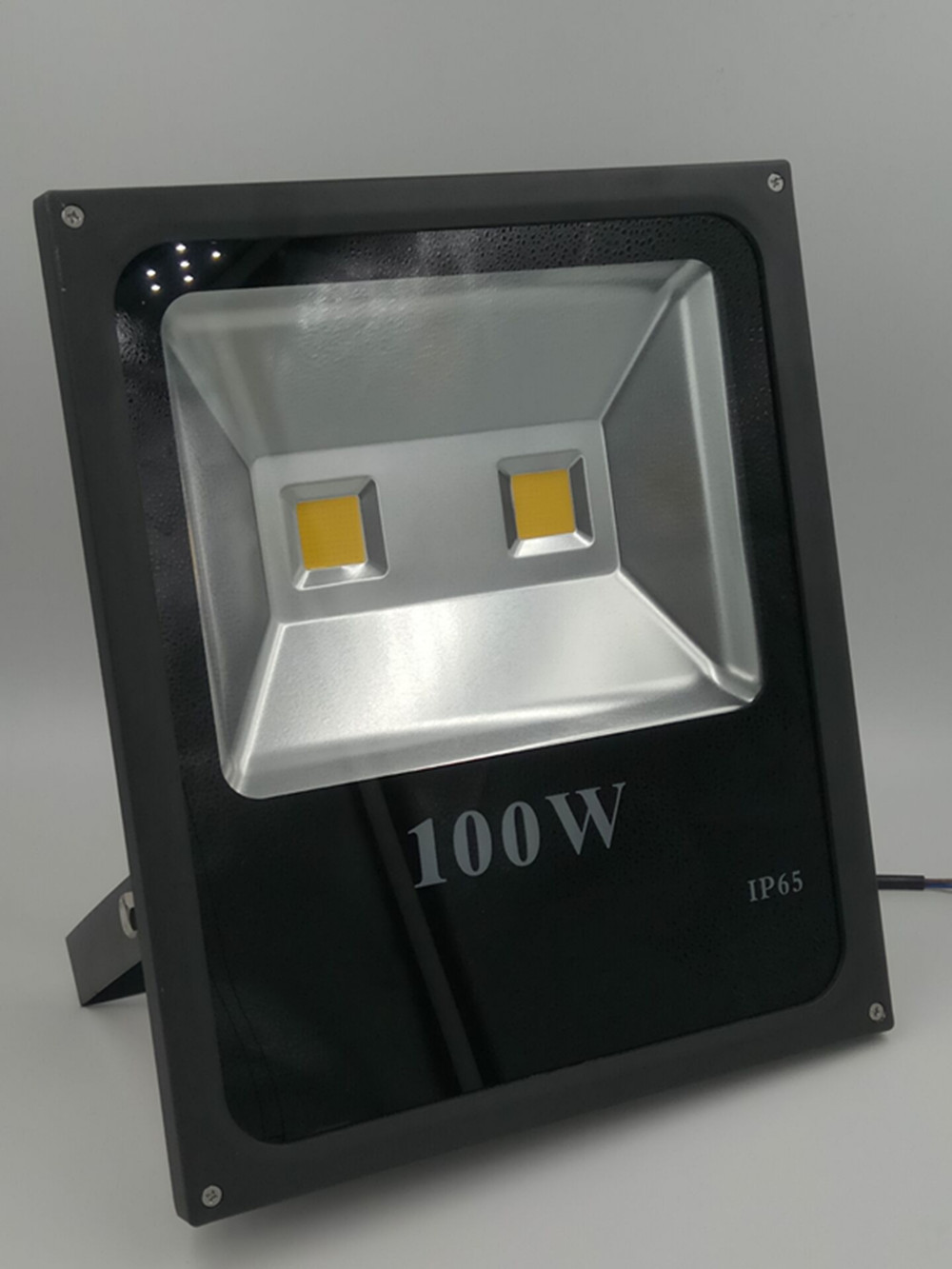 Ultrathin LED Flood Light 100w LED Floodlight IP65 Waterproof AC85V-265V Warm/cold white LED Spotlight outdoor lighting купить