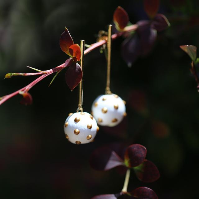 Sterling Silver Pin baroque pearl earrings