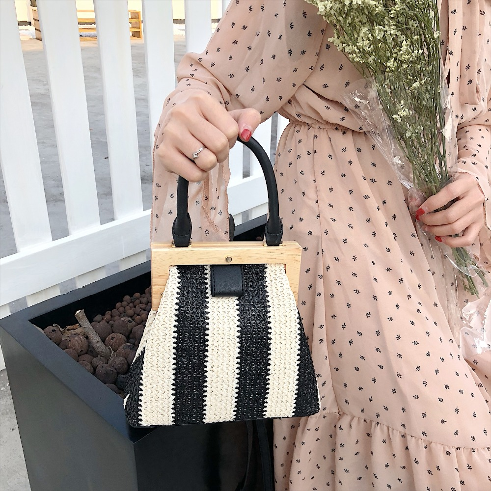 Vintage Woven Straw Bag Wooden Top Handle Clip 3