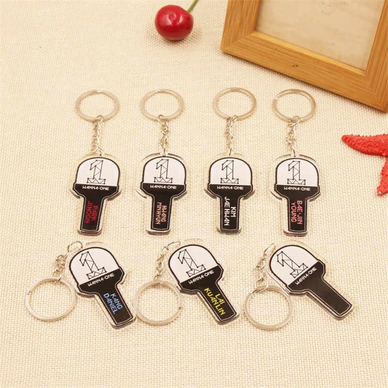 K-pop Kpop Wanna One Album KANG DANIEL PARK JI HOON Key chain Korea  Concert Lamp Light Sticks Keychain Keyring Pendant LU029