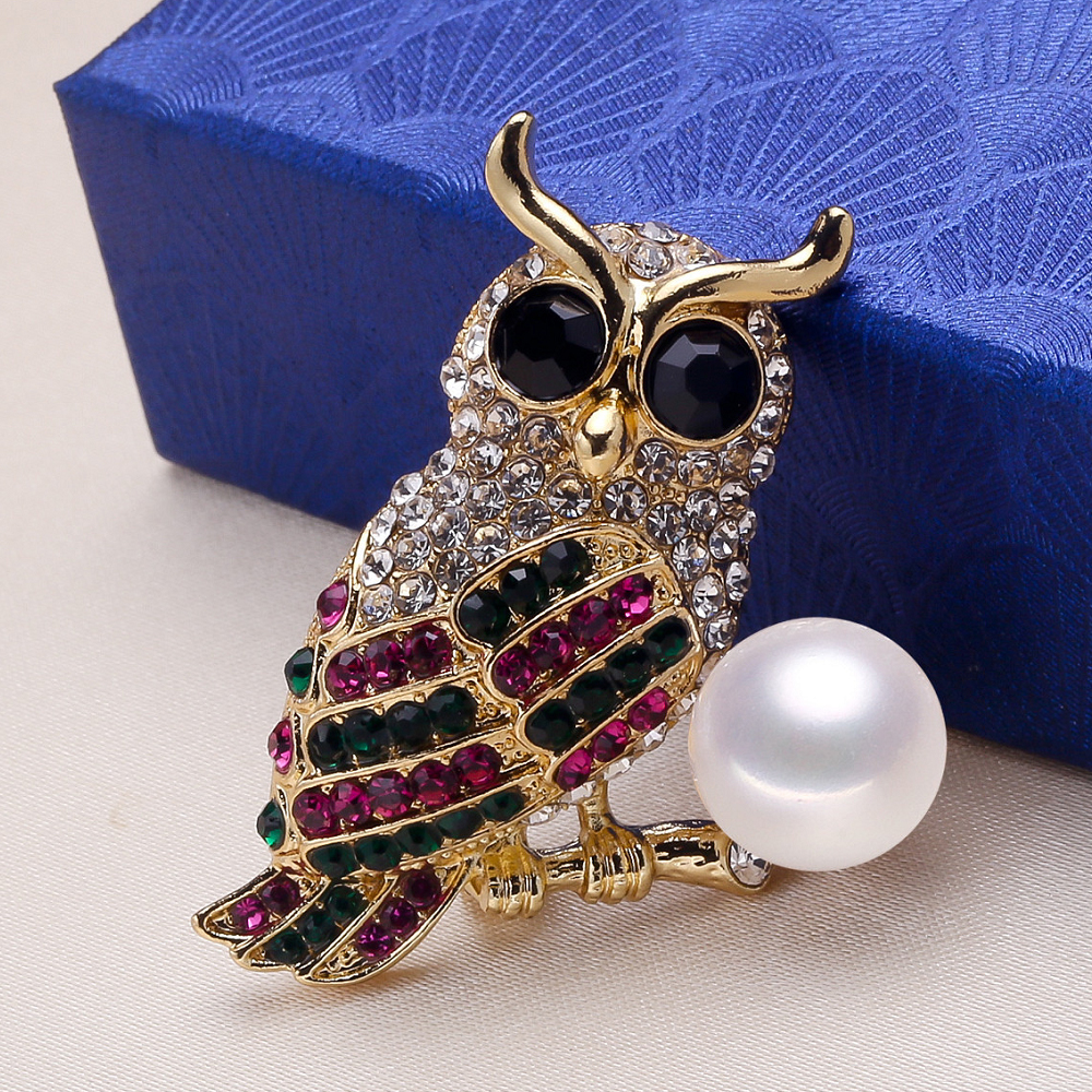 Genuine Natural Freshwater 8mm AAAA White Pearl Owl Brooch Golden Black Green Rose Red Crystal Rhinestone Breastpin Brooches