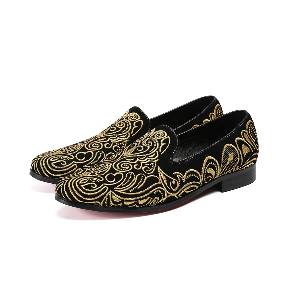 Здесь продается  2018 Gold Flower Pattern Embroidered Men Casual Shoes Brand Designer Handmade Shoes Man Low Heel Party Wedding Derss Shoes Male  Обувь