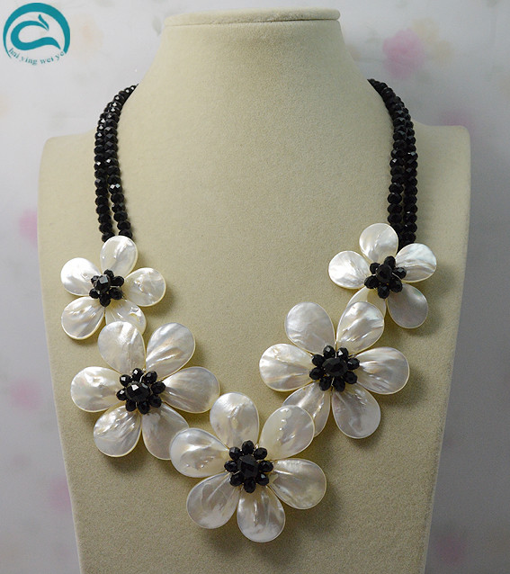 Wholesale 2rows Black Crystal White Sea Shell Flower Necklace Handmade Jewellery 18inches Perfect Women GiftWholesale 2rows Black Crystal White Sea Shell Flower Necklace Handmade Jewellery 18inches Perfect Women Gift