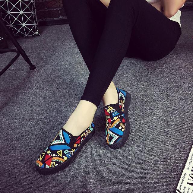 Women Casual Shoes Fashion 2016 Autumn Slip on Geometric Plus Size Rubber Shoes Flats Z375 zapatillas deportivas mujer