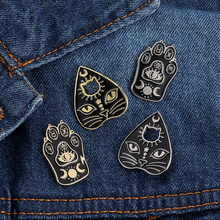 Creative animal brooch cat face claw carving enamel pin personality cartoon badge boy backpack denim  jewelry