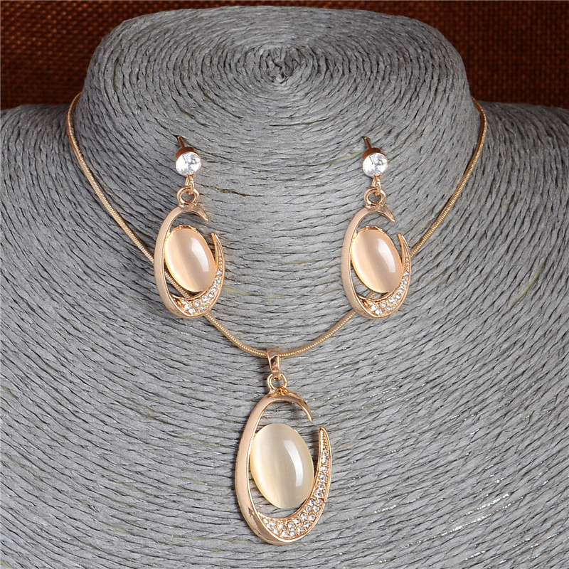 Cheap Opal Oval Pendant Necklace Earrings Chain Crystal Stud Earrings Banquet Cat's Eye Stones Jewelry Sets for Girl