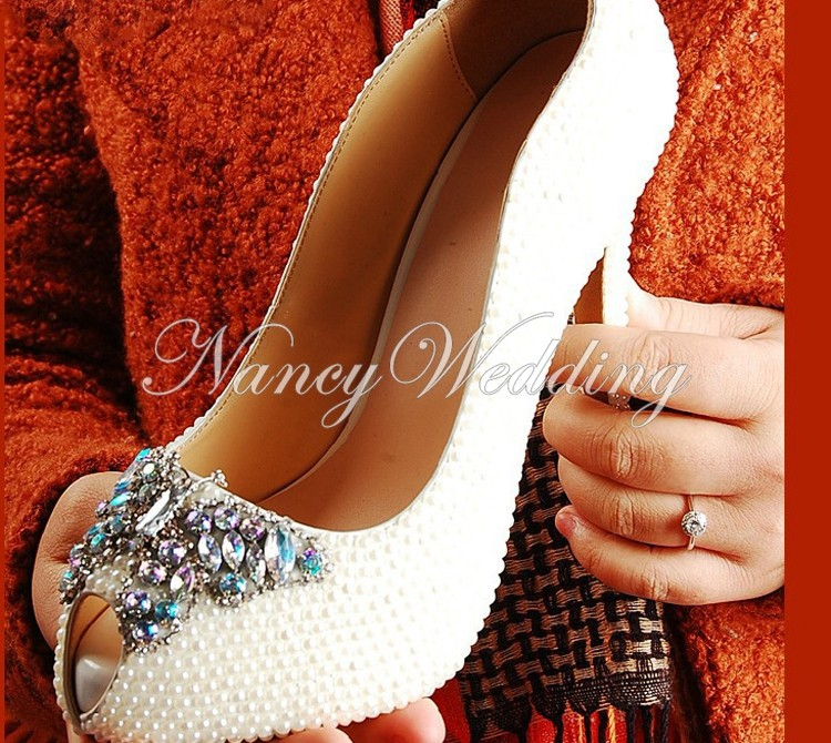 Peep Toe Ivory Shoes 005