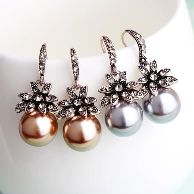 New Fashion Luxury Vintage Sun Flower Pearl Drop Earrings For Women Fine Jewelry Accessory Brincos High Quality XY-E144 1