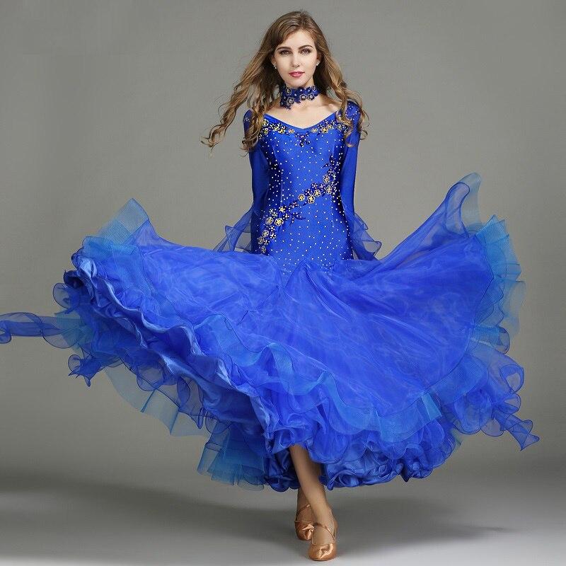 miglior sito web 14ad6 ff72d US $58.26 15% di SCONTO Sala da ballo valzer abiti per il ballo liscio  Standard Concorso standard vestito da ballo donna blu paillettes waltz  vestito ...