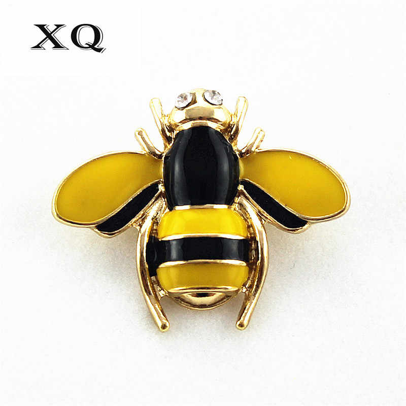 Free shipping fashion new ladies jewelry Enamel Yellow Bee Lady Bag Coat Cardigan Hand Needle Brooch Girl accessories wholesale