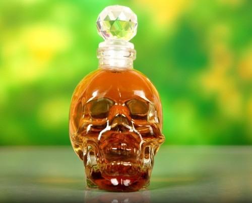 Bling Crystal Head Skull Vodka Empty Bottle 130ml Cork Decanter Beverage Holder