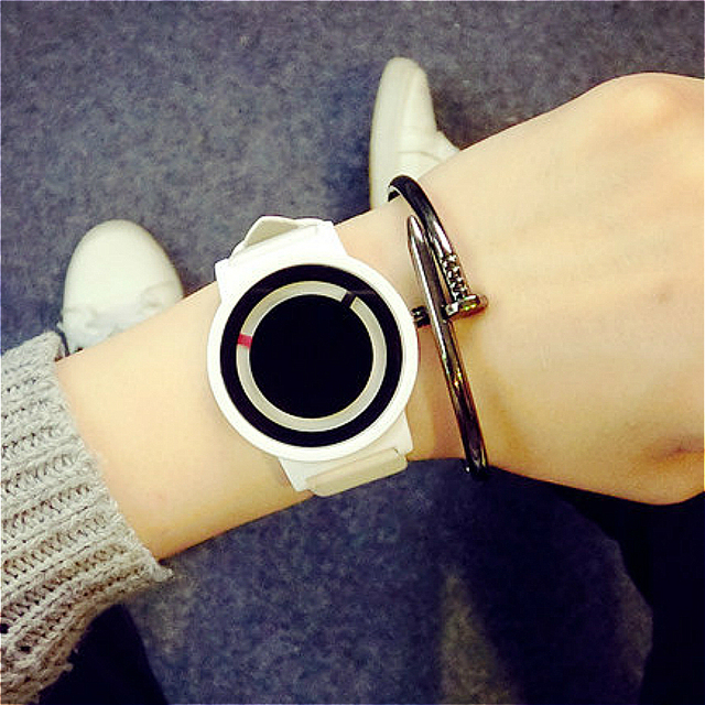 Fashion Turntable Men's Watch Simple Style Casual Leather Strap Quartz Watches C