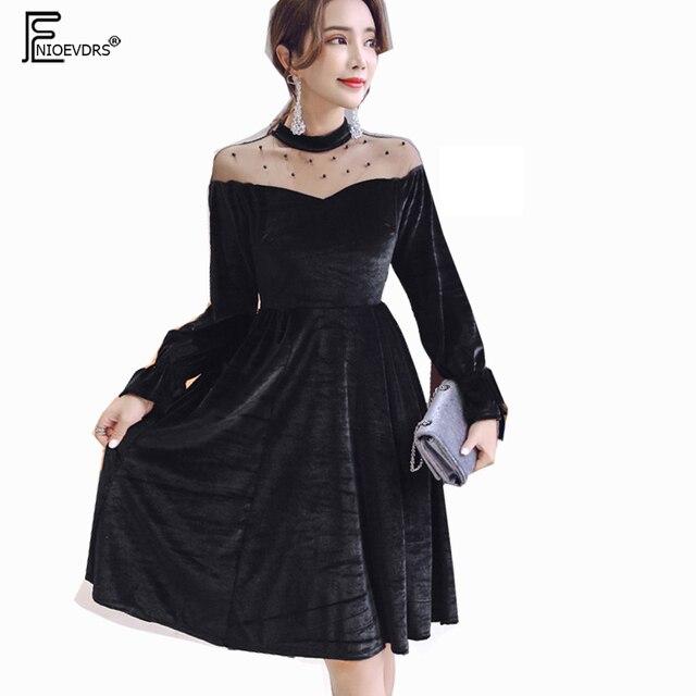df61c0d99a2f9 فساتين المبيعات الساخنة النساء أزياء جديدة كوريا نمط الشتاء الأساسي تصميم  طويلة الأكمام حزب مثير ضئيلة