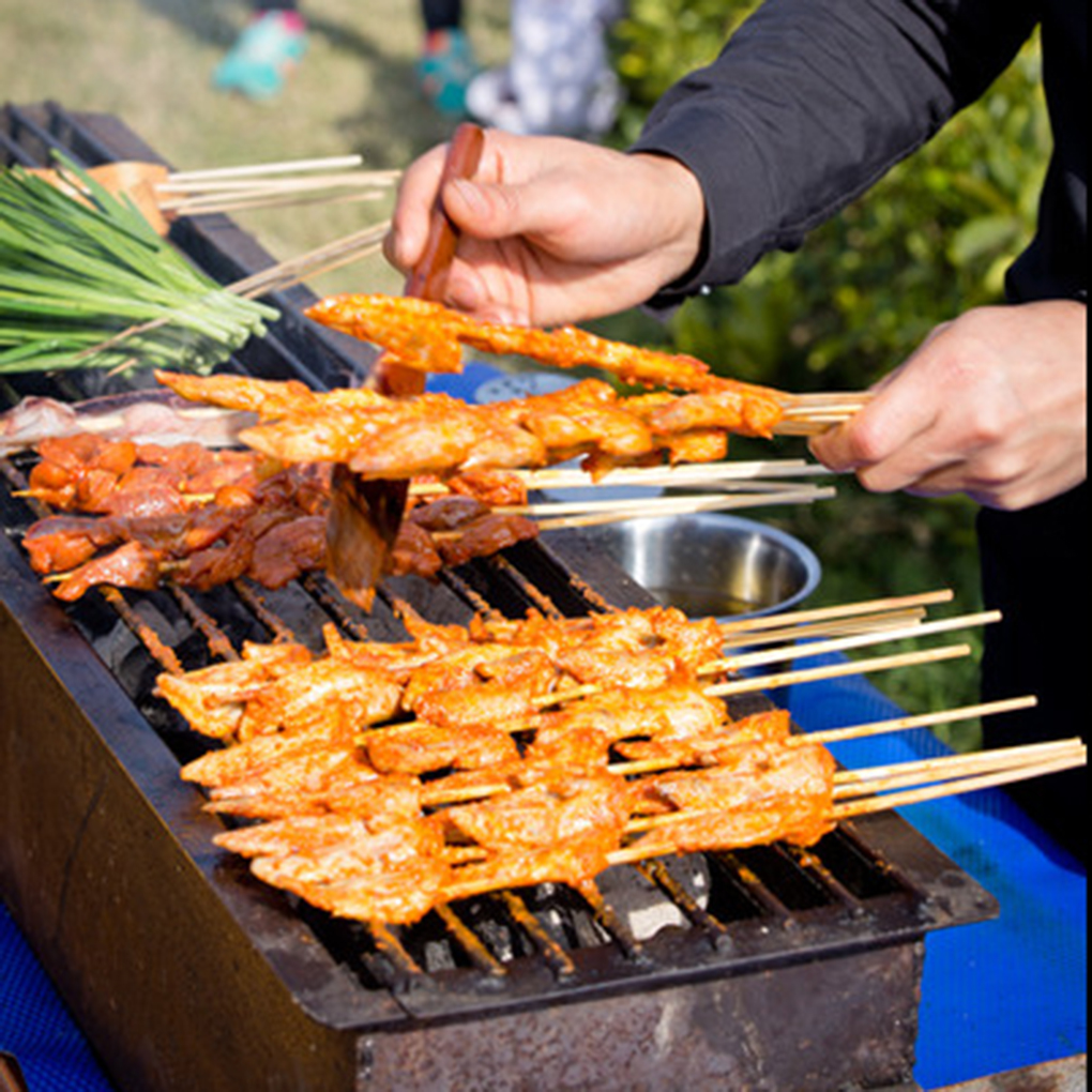 Outdoor Camping Picnic BBQ Barbecue Tool Kabobs Food Meat Thin Bamboo Wood Skewers Sticks