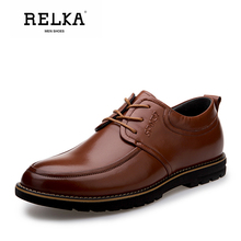 Купить с кэшбэком RELKA Handmade Fashion Men Shoes High Quality Genuine Leather Classic Round Toe Soft Low Heel Shoes Solid Lace-up Men Shoes N11