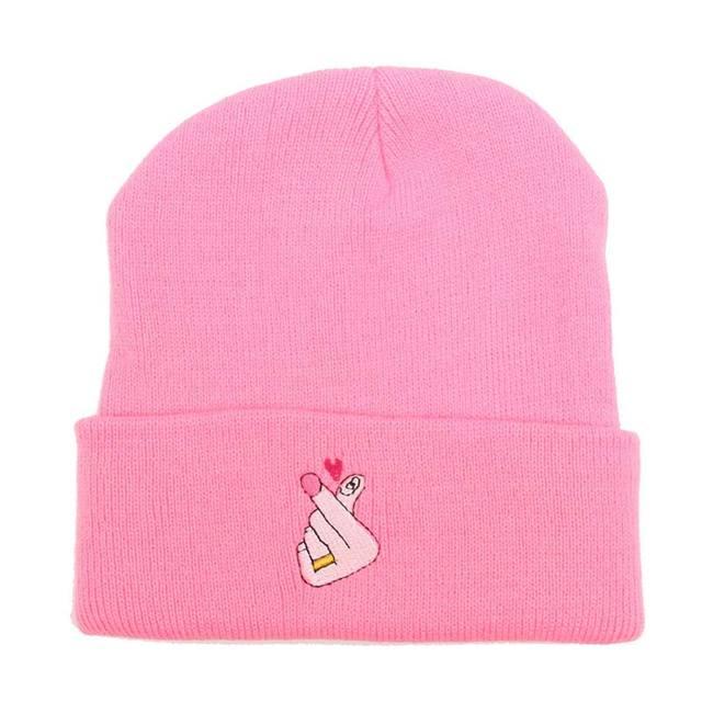 Bordado Love u patrón de punto gorros sombreros de invierno para las ...
