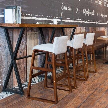 Sgabello da bar in legno massello Nordic Moderno e minimalista anteriore divano sgabello da bar seggioloneSgabello da bar in legno massello Nordic Moderno e minimalista anteriore divano sgabello da bar seggiolone