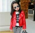 Caliente de los Bebés Ropa de Primavera Otoño de Los Niños de LA PU Chaquetas de La Manera Oblicua Cremallera prendas de Vestir Exteriores Infantil Chicos Capa de la Chaqueta de Cuero Rojo