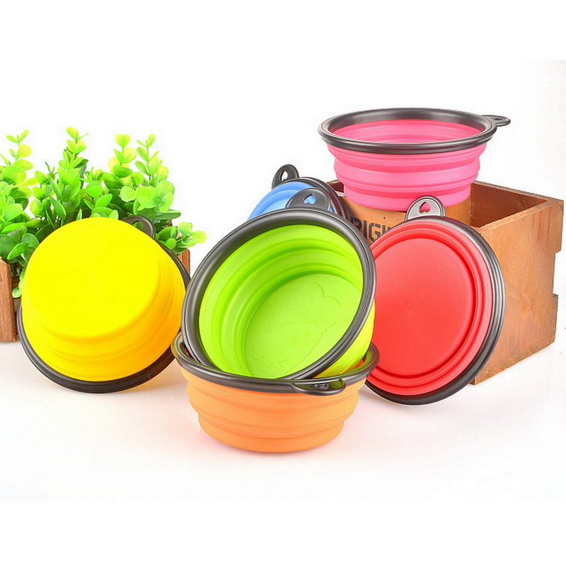 Tazones para perros Productos para mascotas de silicona Tazón para mascotas plegable portátil al por mayor para la alimentación del perro tazón de agua potable para mascotas cuencos