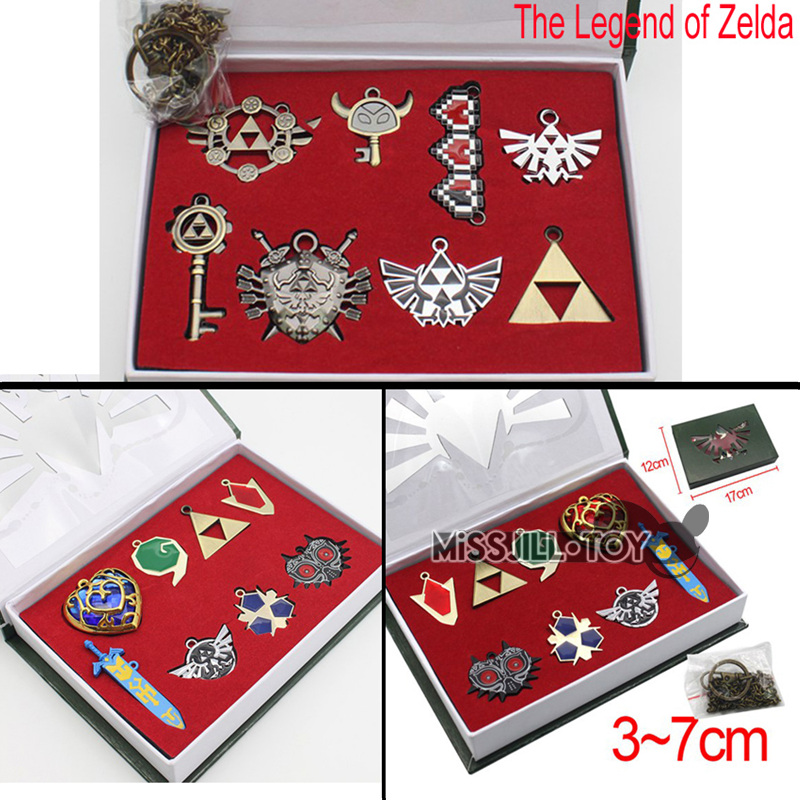 8PcsSet The Legend of Zelda pendant heart Shield Skyward Sword Blade Weapons Triforce Zelda Logo Key Collection Toy with box