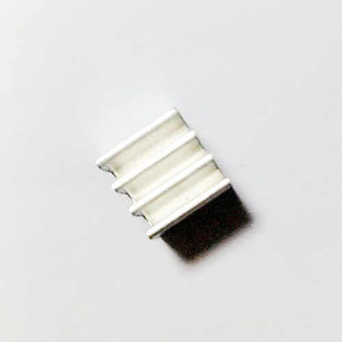 10ピース電子ラジエーター9*9*9ミリメートル母ボード/グラフィックスカードmosチューブフィンicチップ小さなアルミラジエーターメインボードのヒートシンク
