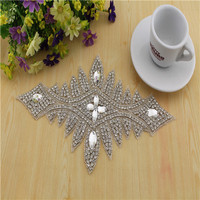 Free Shipping Rhinestone Patch And Crystal Appliques Trimming For Bridal Wedding Sash RT015