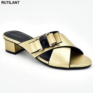 Image 5 - חדש הגעה איטלקי נשים חתונת משאבות מעוטר ריינסטון להחליק על נעלי לנשים ניגרי נעלי יוקרה סנדלי נשים