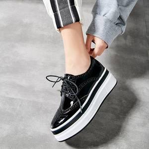 Image 5 - Krazing סיר 2019 חדש אופנה עגול הבוהן מאוורר תחרה עד נעלי ספורט עבה תחתון פלטפורמת אביב נעליים מגופר נוחות L10