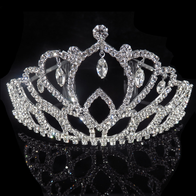 Big Wedding Tiaras for Brides Gold Bridal Headdresses Kids Girl Tiara Crown  Headbands Red Flower Diadem Hair Accessories -in Hair Jewelry from Jewelry  ... eee99ede370a