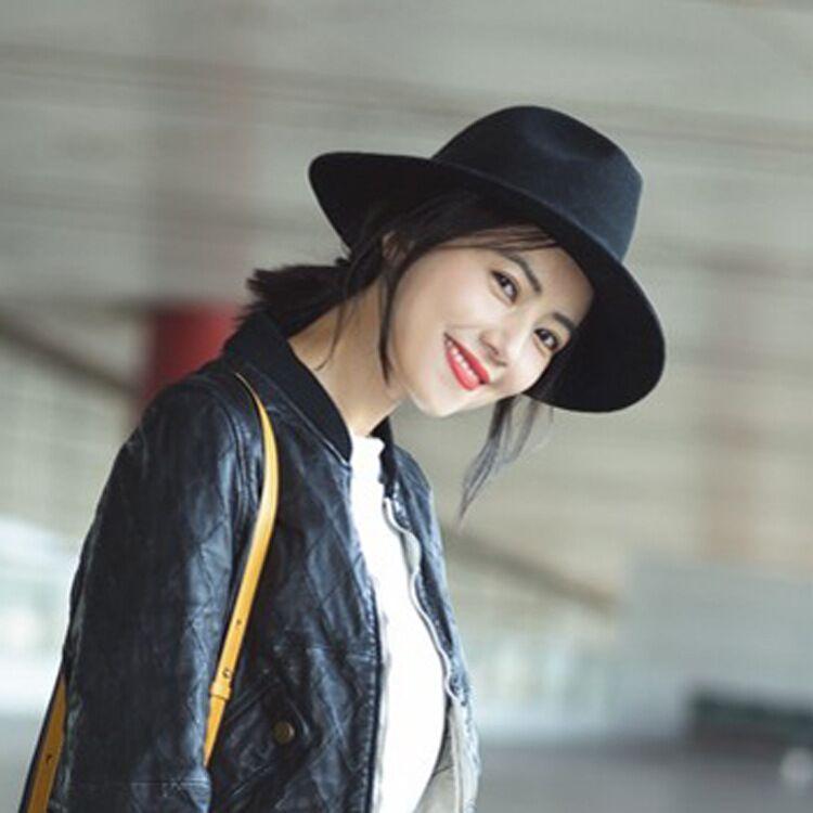 Moda personalidad femenina cinta letra lavabo cap otoño e invierno nuevo  plano superior grandes sombreros de 9eb6e3e664eb