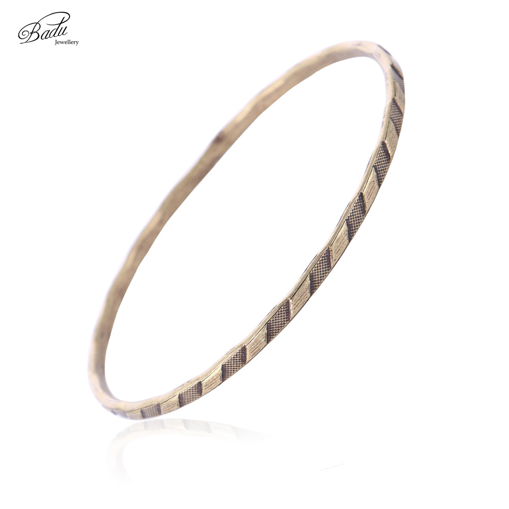 Badu Retro Antique Bangle Bracelet for Women Engraved Pattern Round Vintage Jewelry Fashion Accessories