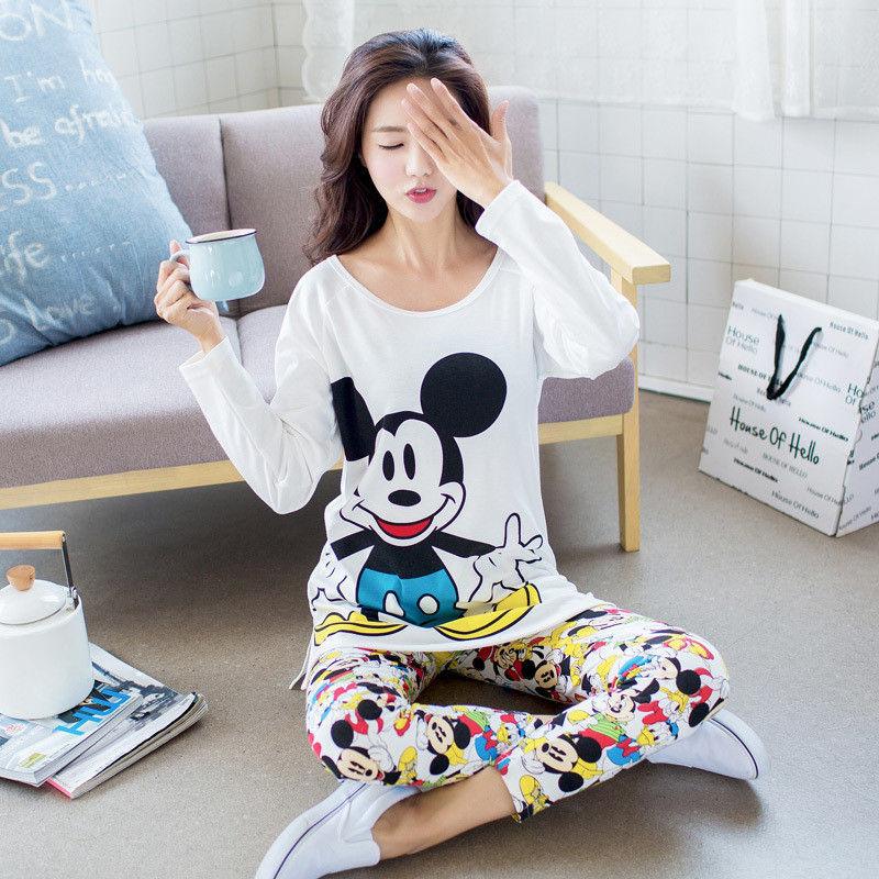2018 Autumn Long-sleeve Cartoon Lovers Home Clothing Couples Matching Pajamas Adult Minion Pajamas Sets Lovers Sleepwear
