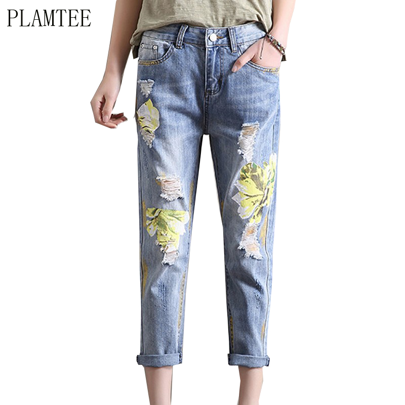 PLAMTEE Fashion Vintage Flower Print Jeans Female Pockets Straight Jean Women Plus Size Hole Bottom Blue Casual 2017 Summer New flower embroidery jeans female blue casual pants capris 2017 spring summer pockets straight jeans women bottom a46