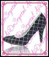 Aidocrystalขายส่งใหม่ล่าสุด2016ส้นสูงสีดำรองเท้าคริสตัลสำหรับสาว