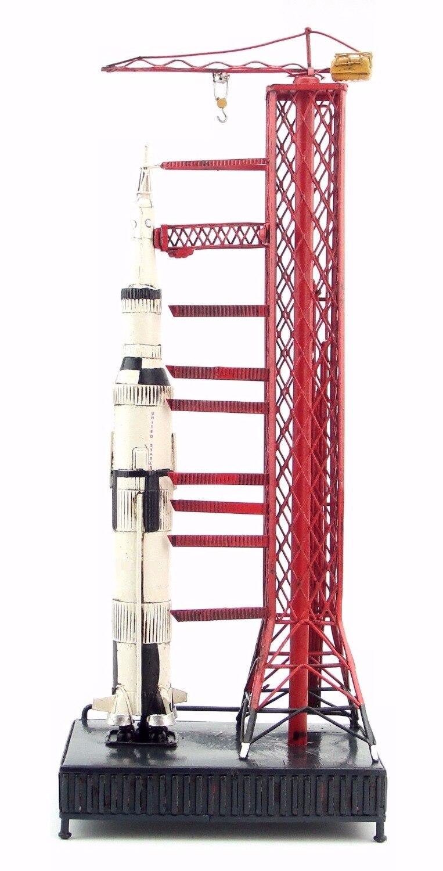 ทำหัตถกรรมเก่าโดยมือรุ่น Appollo Saturn 5 rocket retro คลาสสิกปลอมโลหะหัตถกรรมรุ่น ROCKET-ใน รูปแกะสลักและรูปจำลอง จาก บ้านและสวน บน   2