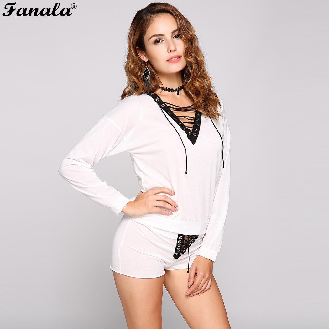 Shorts Color Top Lace-Up Contrast and Eyelet Set