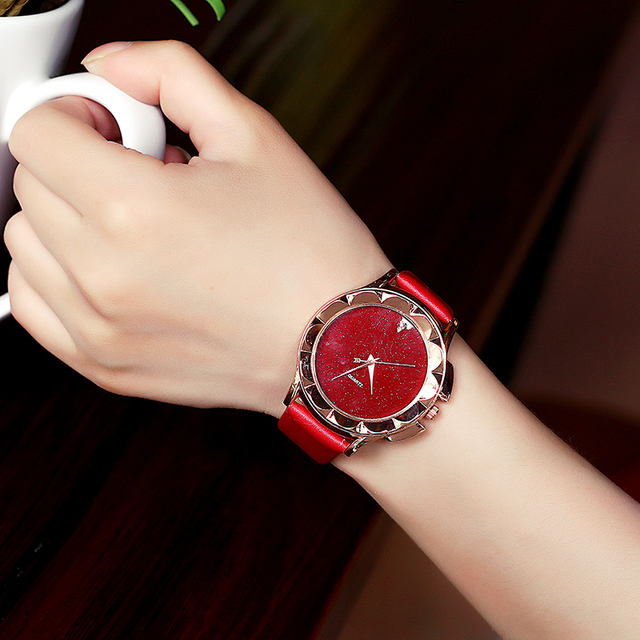 Bgg New 2018 Simple style Women Casual Watch ladies Leather Luxury Watch Woman Q