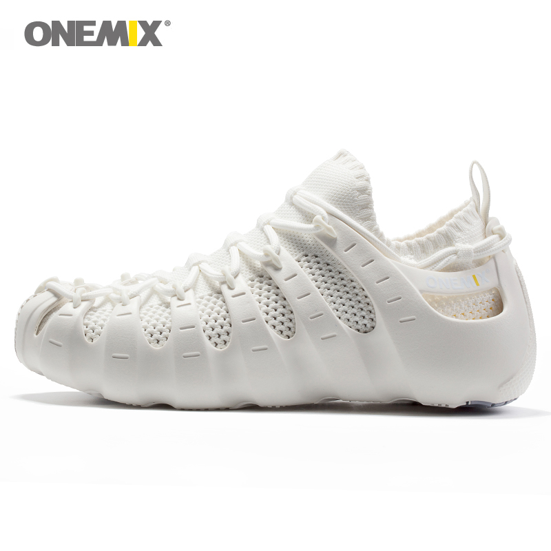 Onemix Nueva Roma calza los zapatos de los zapatos del yoga de interior zapatillas blancas al aire libre suave transpirable in Running Shoes from Sports Entertainment
