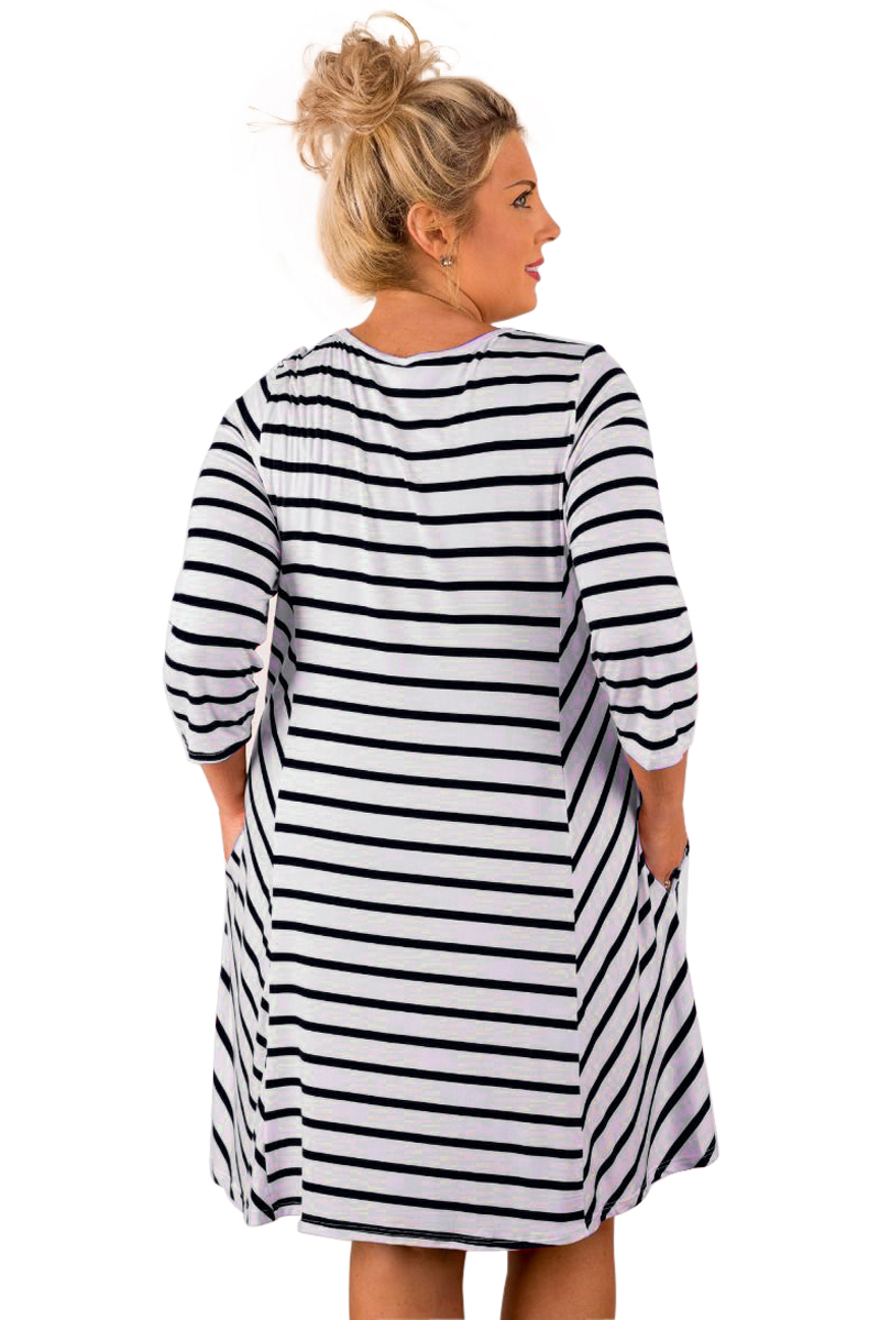 Aletterhin Women Striped Relaxed Curvy Dresses Pockets 3 4 Sleeve Loose  Vestido 2017 Summer Lady O eck Mini Dress Big Size Tunic-in Dresses from  Women s ... 9d2553b78e3d