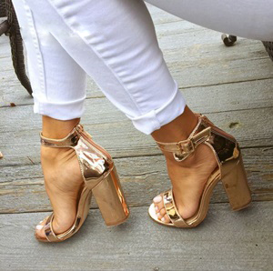 Women Chic Champagne Patent Leather Sandals Square Thick High Heels Pumps Covered Heel Single Strap Gladiator Shoes Golden Pumps women chic champagne patent leather sandals square thick high heels pumps covered heel single strap gladiator shoes golden pumps
