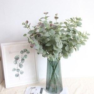 Image 1 - Feuilles artificielles branche rétro vert soie Eucalyptus feuille pour décor à la maison plantes de mariage Faux tissu feuillage chambre décoration 68CM